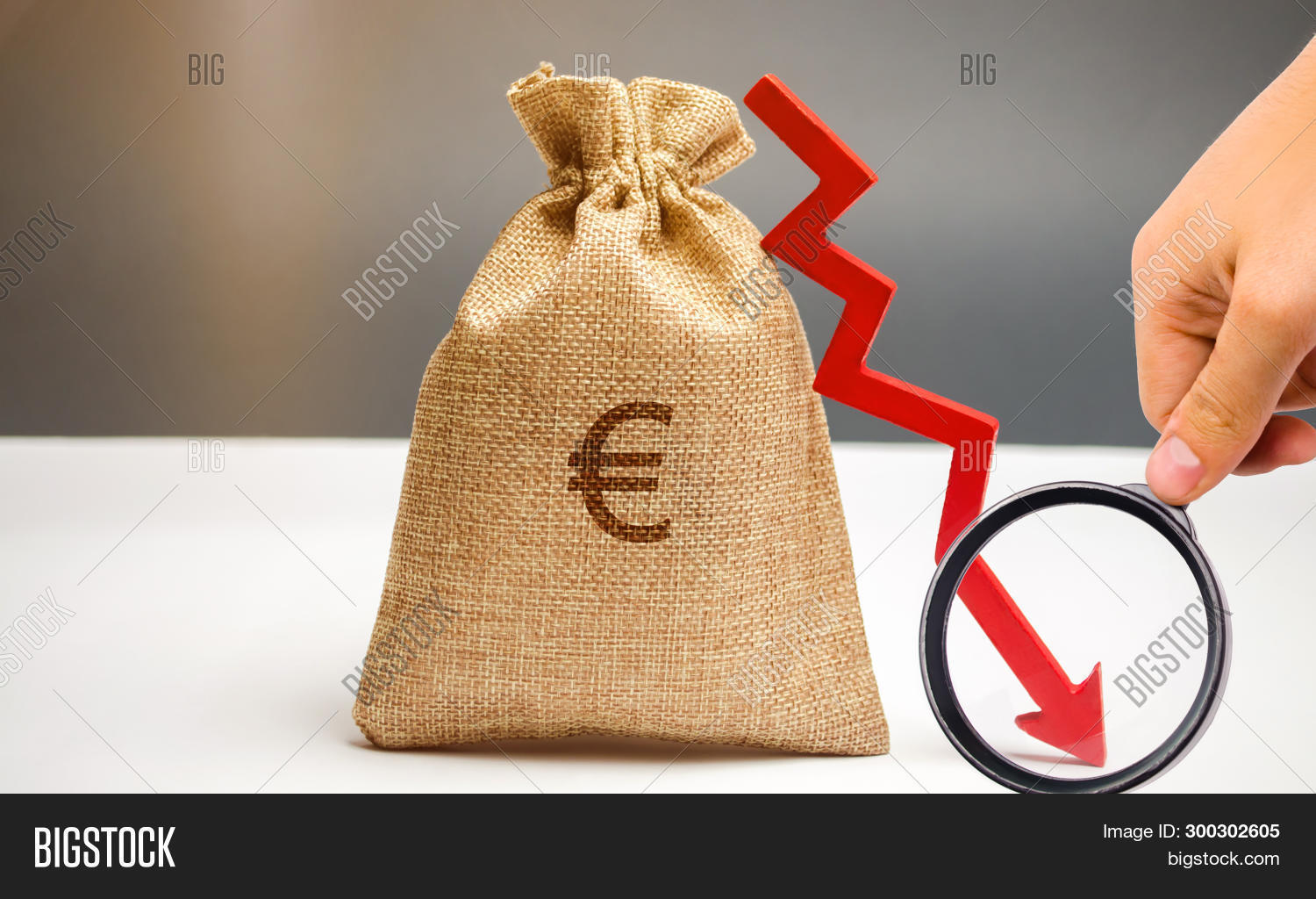 arrow,background,bad,bank,banking,bankruptcy,budget,business,cash,chart,concept,cost,crash,crisis,currency,cut,data,debt,decline,dollar,down,drop,economic,economy,euro,expenses,fall,finance,financial,graph,income,investment,less,loss,low,lower,market,money,paper,profit,recession,reduction,revenue,statistics,stock,text