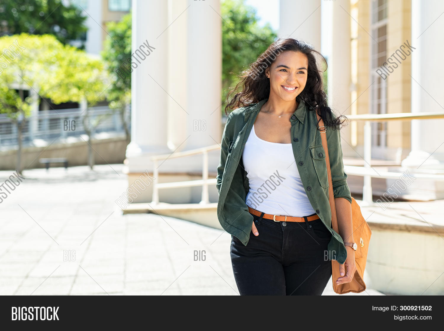 attractive,beautiful,beauty,carefree,casual,casual girl,cheerful,city,confident,cool,copy space,curvy,curvy girl,curvy woman,education,fashion,girl,happy,hispanic,latin,latin woman,natural,outdoor,people,positive,pretty,pride,proud,proud woman,real,real people,relaxing,satisfaction,shopping,smile,street,stylish,success,successful,summer,toothy smile,travelling,university student,urban,urban background,walk,walking street,woman walking away,young,youth
