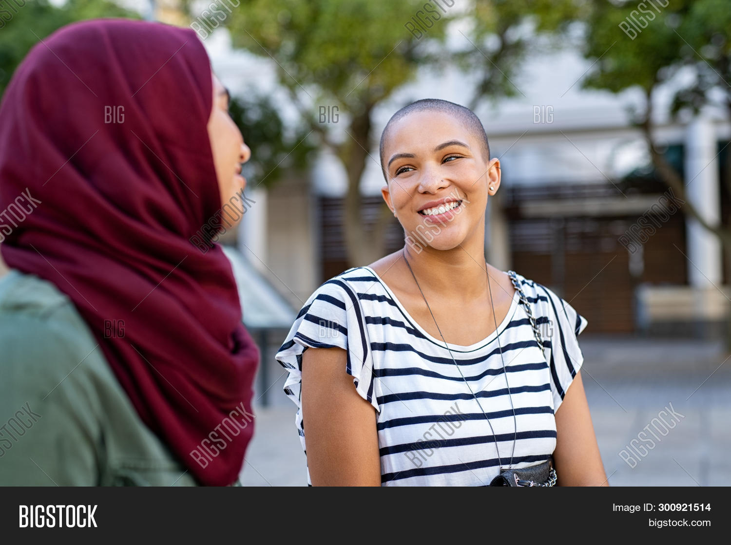 african,american,arabic,arabic woman,bald,bonding,carefree,chatting,city,communication,conversation,cultural,diversity,enjoy,friend,friends,friends having fun,friendship,fun,girl,happy,hijab,hijab girl,identity,integration,interaction,interracial,islam,islamic,islamic woman,lifestyle,meeting,multi ethnic group,multicultural,multiethnic,muslim,muslim woman,outdoor,park,people,real,religion,smiling,street,stylish woman,together,toothy smile,urban,variation,young
