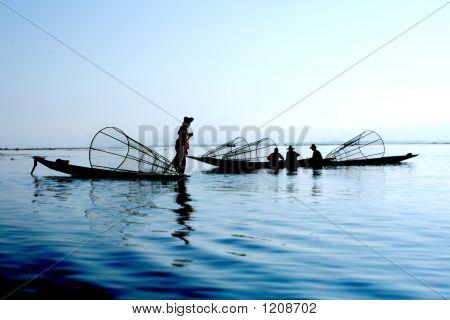 Pêcheurs sur l'eau