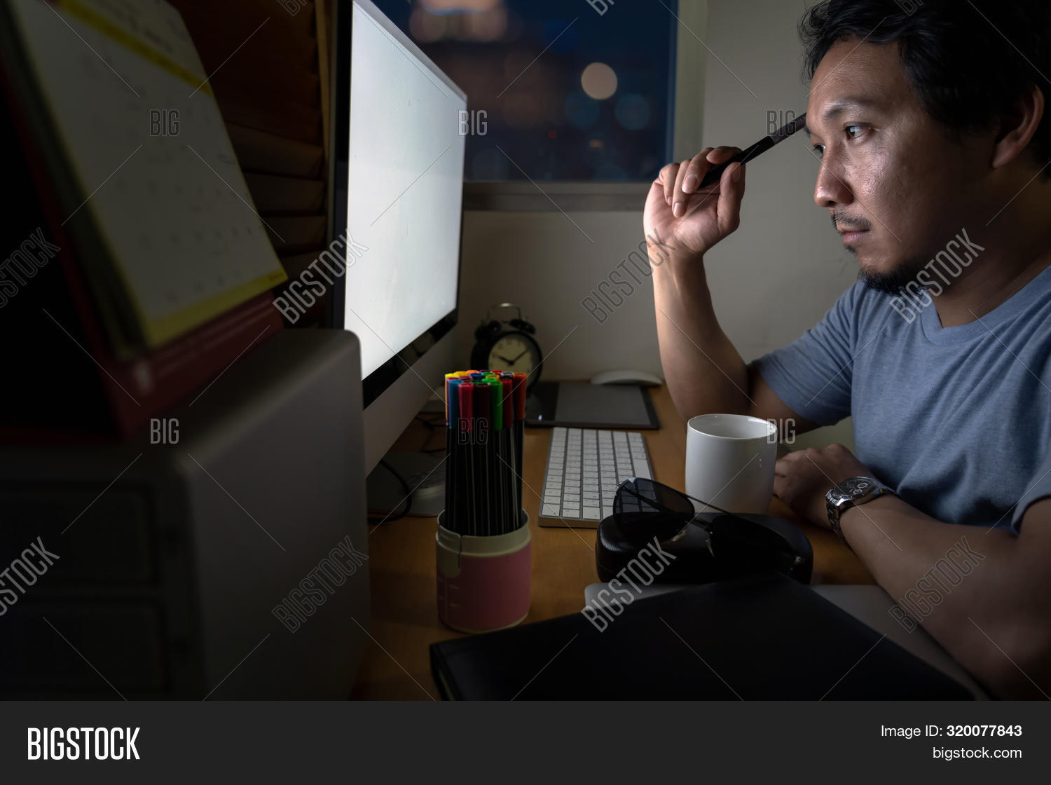 agency,alone,asia,asian,business,businessman,busy,caucasian,coffee,computer,concentrating,creative,deadline,desk,determined,difficult,employment,glasses,hard,job,late,looking,man,monitor,night,occupation,office,old,overtime,overwork,people,person,portrait,professional,screen,senior,sitting,technology,thinking,thoughtful,times,tired,trouble,typing,work,worker,working,workplace,worried,young