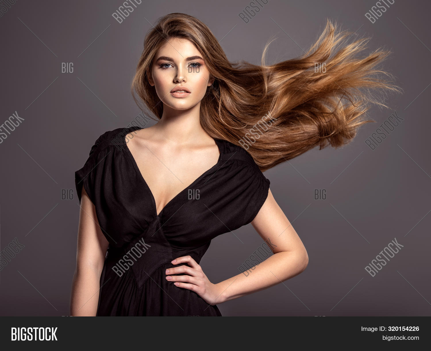 attractive,beautiful,beauty,black,brown,brunette,caucasian,closeup,colors,curly,dress,elegance,elegant,evening,face,fashion,female,girl,glamour,gorgeous,hair,hairstyle,long,long hair,look,make-up,makeup,model,one,portrait,posing,pretty,sexy,studio,stunning,style,stylish,woman,young