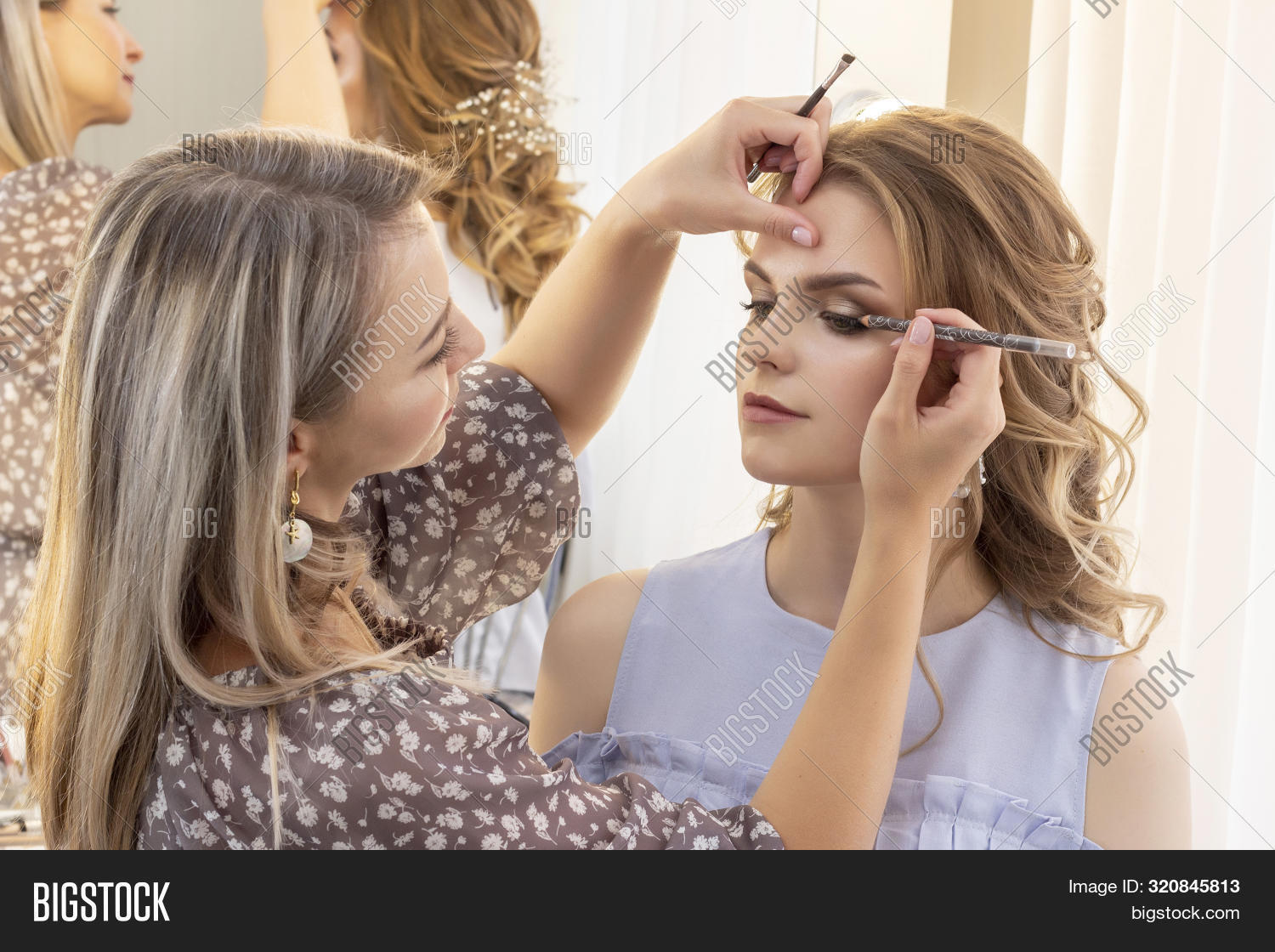 adult,application,apply,applying,artist,attractive,beautician,beautiful,beauty,bride,bright,brunette,brush,care,caucasian,client,cosmetic,cute,eye,eyeshadow,face,fashion,female,girl,glamour,hair,hand,lady,lip,lipstick,make,make-up,makeup,mascara,model,people,portrait,powder,preparation,pretty,professional,salon,sexy,skin,studio,style,wedding,white,woman,work