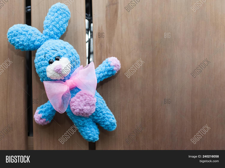 Crochet bunny in dress pattern   Amiguroom Toys   1120x1500