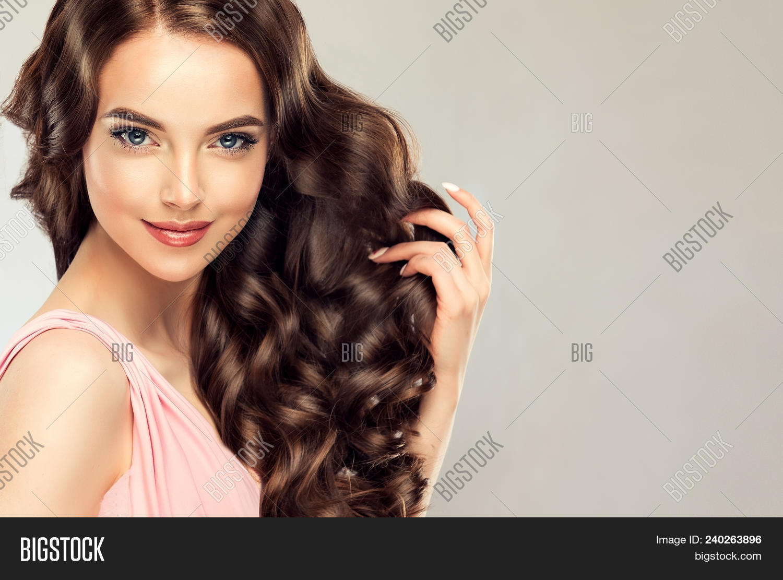 Short Hair Brunette Amateur