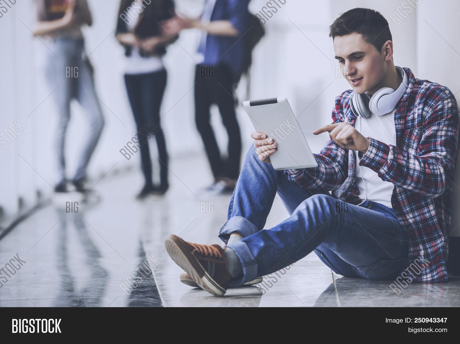 academic,adolescent,attractive,beautiful,book,boy,campus,casual,closeup,college,confident,education,expressing,floor,graduate,hall,happy,headphones,higher,holding,homework,indoor,learning,looking,male,man,music,people,person,portrait,posing,positivity,pretty,reader,science,single,smart,smile,smilling,student,study,studying,success,tablet,technology,teen,textbook,time,white,young
