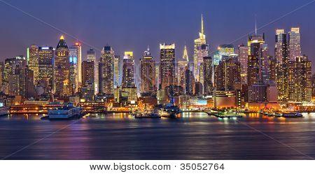 Vue sur nuit manhattan, new york