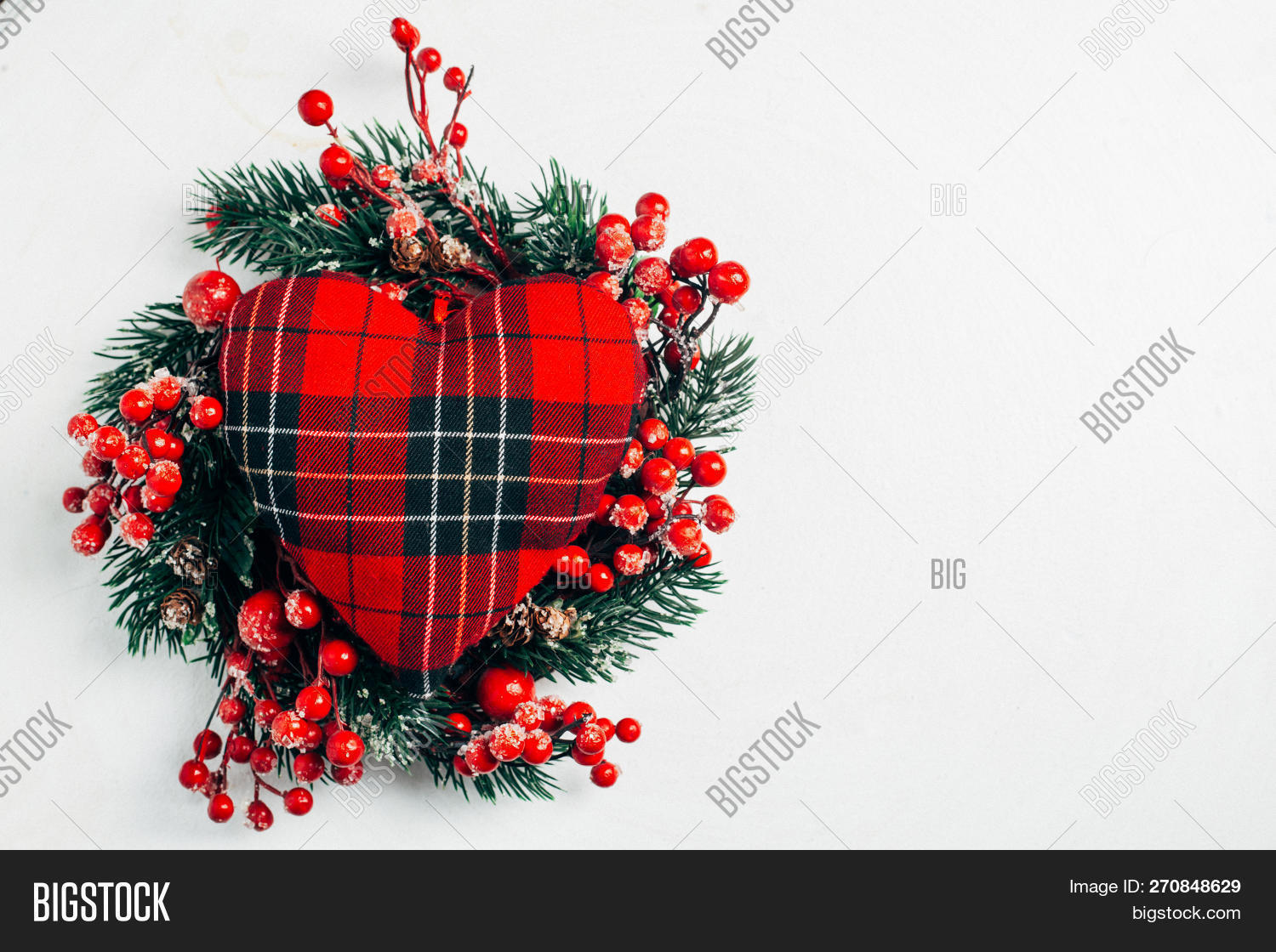 advent,arrangement,background,berry,branch,celebration,christmas,closeup,cone,december,decorated,decoration,decorative,design,evergreen,festive,fir,flora,garland,gift,green,greeting,holiday,holly,isolated,leaf,merry,nature,new,nobody,noel,ornament,pattern,pine,plant,red,round,season,seasonal,snow,symbol,tradition,traditional,tree,twig,white,winter,wreath,xmas,year