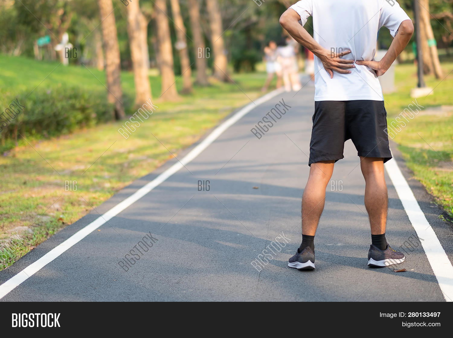 accident,ache,activity,ankle,asian,athlete,athletic,back,calf,exercise,feet,fit,fitness,health,healthy,injured,injury,jogger,jogging,joint,knee,leg,lifestyle,male,man,marathon,morning,muscle,nature,outdoor,outside,pain,painful,park,people,person,physical,problem,recreation,runner,running,shoes,sneaker,sole,sport,sprain,training,walking,workout,young