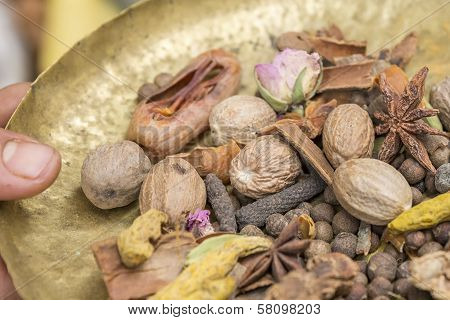 Ingredients for the oriental spice Ras el Hanout stock photo