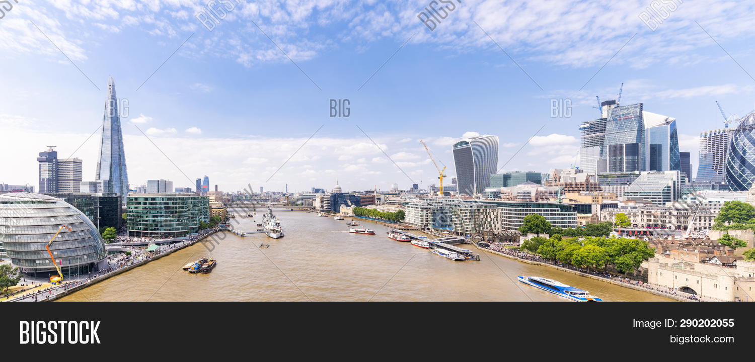 aerial,architecture,blue,boat,building,buildings,business,center,city,cityscape,contemporary,corporate,cruise,district,downtown,england,europe,finance,financial,glass,international,landmark,landscape,light,london,midair,modern,office,pano,panorama,panoramic,reflection,river,scene,skyline,skyscraper,tall,technology,thames,tower,town,travel,uk,urban