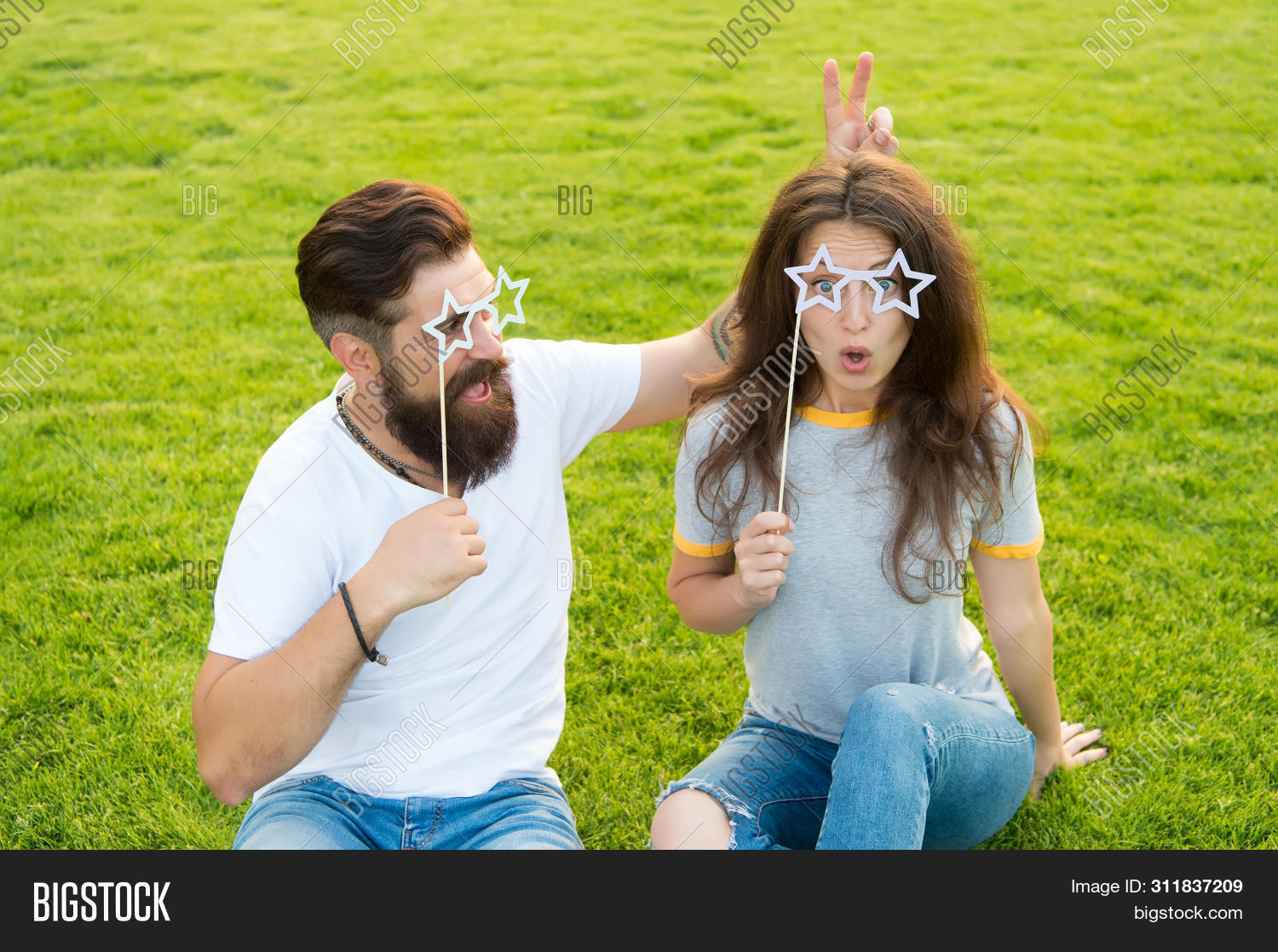 accessories,beard,bearded,boyfriend,brutal,caucasian,couple,crazy,desire,enjoy,enjoying,erotic,fancy,freedom,fun,funny,girl,girlfriend,glasses,grass,green,guy,hipster,insane,leisure,look,love,lovers,lunatic,mad,man,party,playful,pleasure,props,relationship,romantic,sexi,sexy,trust,unshaven,woman