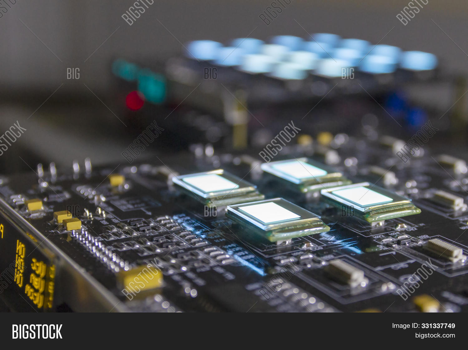 amoled,background,bit,board,developers,digital,display,education,educational,electronic,experiment,foundation,image,inch,lcd,led,light,macro,matrix,micro,microdispay,mobile,monitor,new,oled,oledchip,part,pcb,phone,photo,pixel,plasma,probestation,qled,rgb,science,screen,size,small,technology,thin,tiny,tv,vr,white