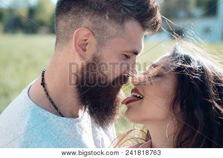 Girls Kissing Girls Public