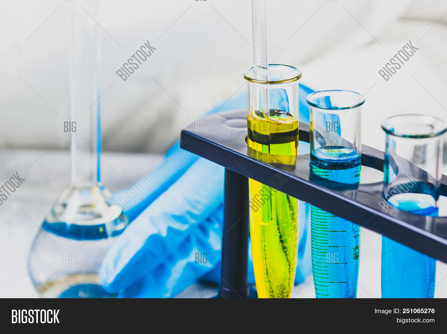 analysis,analyzing,background,biological,biology,biotechnology,blue,bottle,care,chemical,chemistry,discovery,doctor,drop,education,equipment,experiment,glass,grow,health,healthcare,hospital,industry,instrument,lab,laboratory,leaf,liquid,medical,medicine,microbiology,nature,people,person,pharmaceutical,pharmacy,plant,professional,reagents,research,sample,science,scientific,scientist,selection,study,technology,test,tube,water