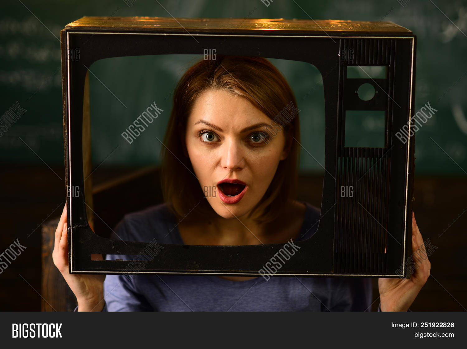 adult,bad,business,communication,expression,face,female,frustrated,girl,gossip,looking,media,mistake,mobile,news,office,online,report,shock,shocked,shocking,surprise,surprised,time,woman,worried
