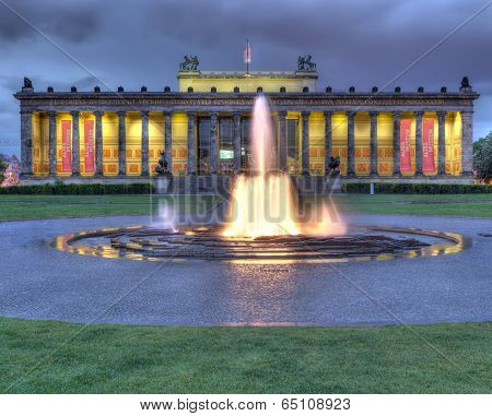 The neoclassical Altes Museum in Berlin and the Lustgarten (Pleasure Gardens). stock photo