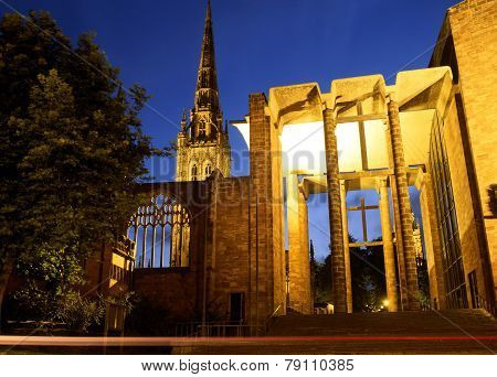 Parts of the old and new Cathedrals (St. Michaels) Coventry Wst Midlands England UK Western Europe. stock photo