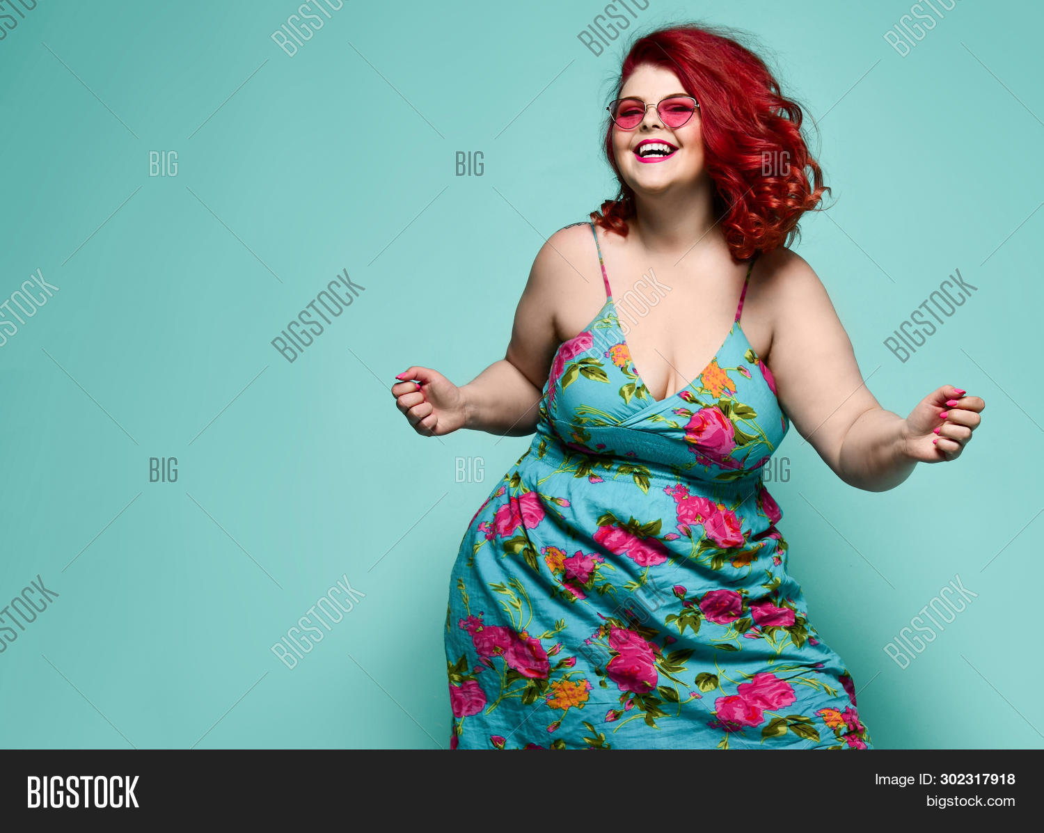 advertising,attractive,beauty,big,body,business,caucasian,celebration,chubby,clothes,club,colorful,crm,curvy,cute,diet,emancipation,emotion,fat,female,feminism,festival,figure,flowers,girl,hair,happiness,happy,lady,large,lifestyle,luck,model,obese,offer,overweight,personal,pink,playing,plus-size,red,sale,sensual,smile,sundress,surprise,telemarketing,weight,woman,young