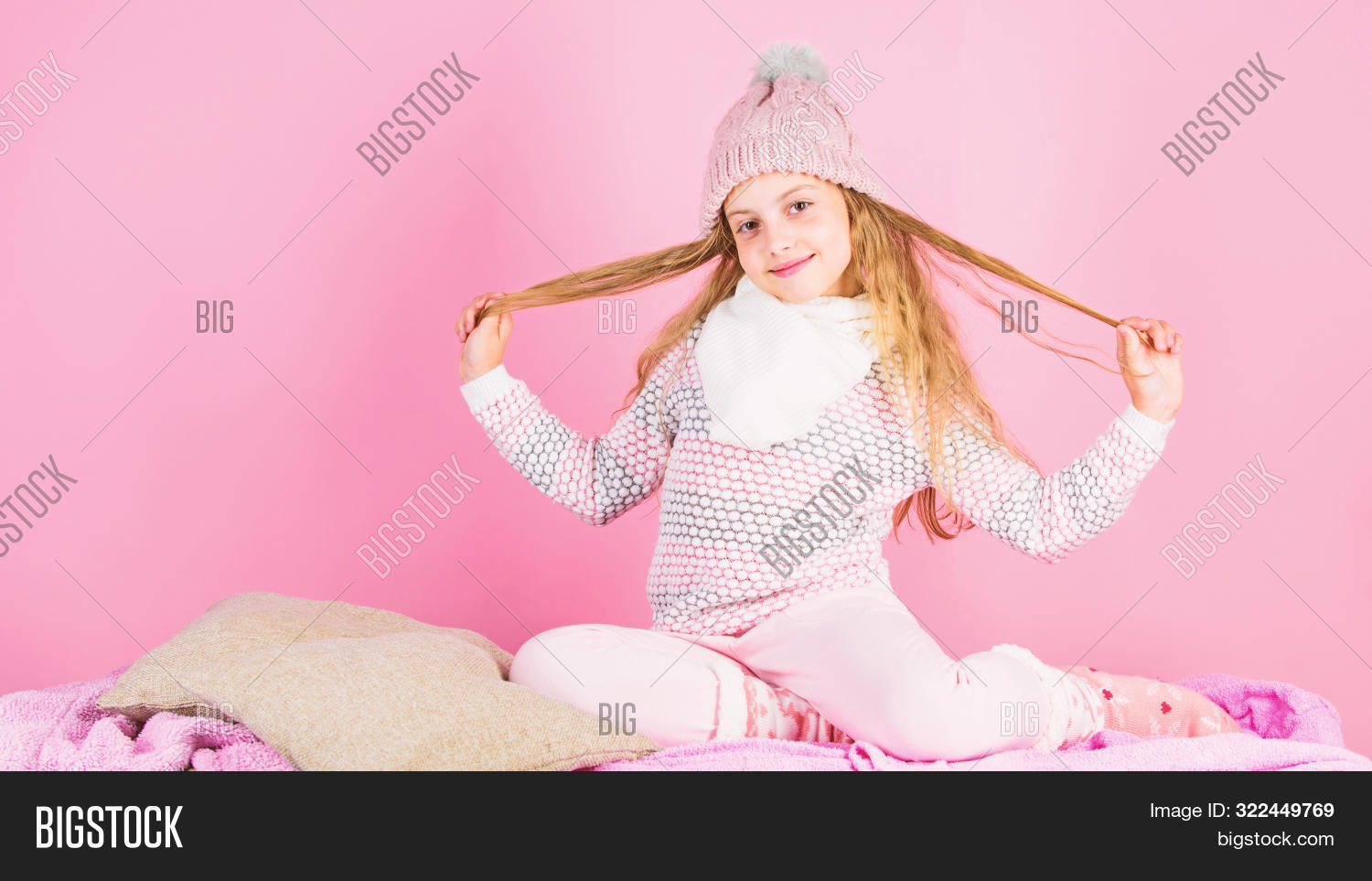 accessory,adorable,autumn,autumnal,baby,background,beauty,care,caucasian,child,childhood,clothes,cold,comfortable,concept,conditioner,cozy,cute,detail,face,fall,fashion,fashionable,girl,hair,hat,kid,knitted,long,pink,play,scarf,season,seasonal,shampoo,small,smile,style,stylish,treatment,trend,wardrobe,warm,wear,weather,winter