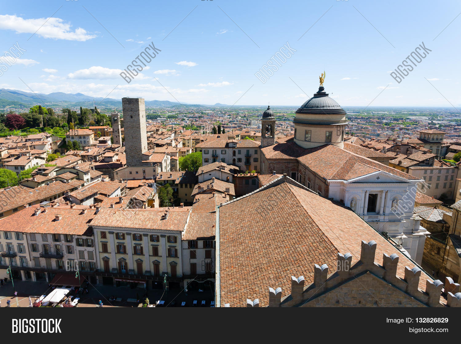 Saint,Mary,Major,alta,architectural,architecture,beautiful,bergamo,building,cathedral,center,church,citta,city,cityscape,column,decorative,duomo,europe,historic,home,house,italian,italy,landmark,landscape,lombardy,medieval,monument,old,outdoor,palace,panorama,place,religion,residential,roof,santa,maria,maggiore,square,street,touristic,tower,town,townscape,travel,tree,upper,urban,view,vintage