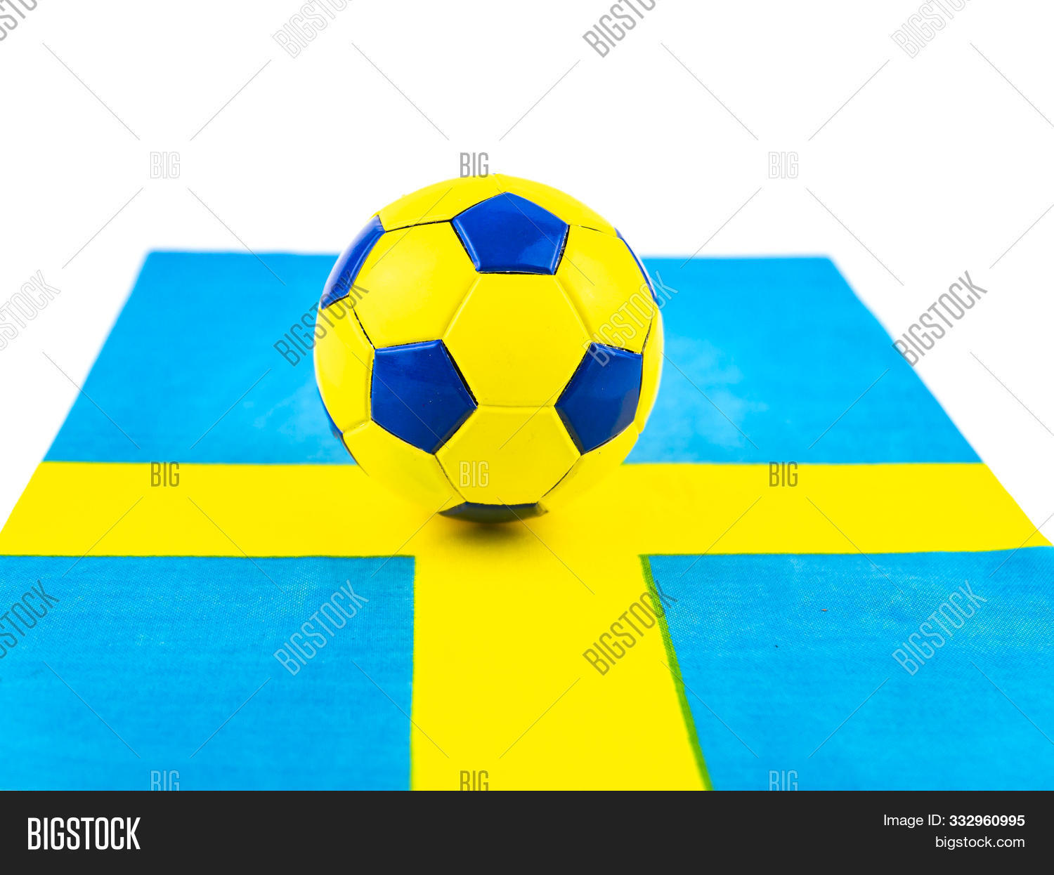 athletic,attack,ball,banner,capital,champ,championship,competition,concept,contest,country,cup,east,europe,european,flag,football,game,glossy,goal,gold,golden,great,league,light,match,modern,nation,national,new,nordic,north,play,player,power,rate,real,realistic,sign,soccer,sport,sweden,swedish,symbol,team,victory,white,winner