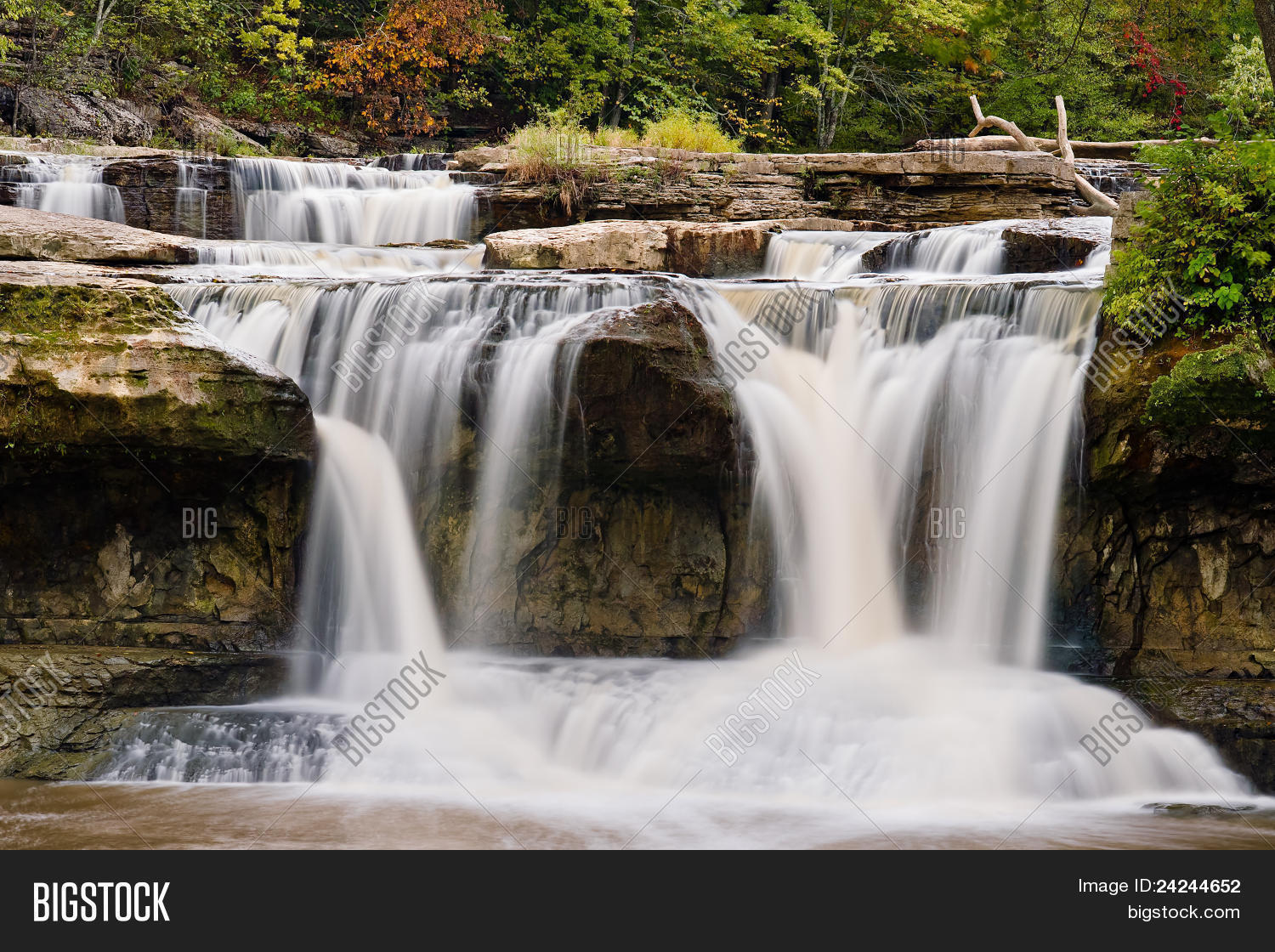 america,area,cataract,cliff,cloverdale,exposure,falls,indiana,landscape,lieber,long,midwest,natural,nature,plunge,plunging,recreation,scenic,splashing,state,united,upper,usa,water,waterfall