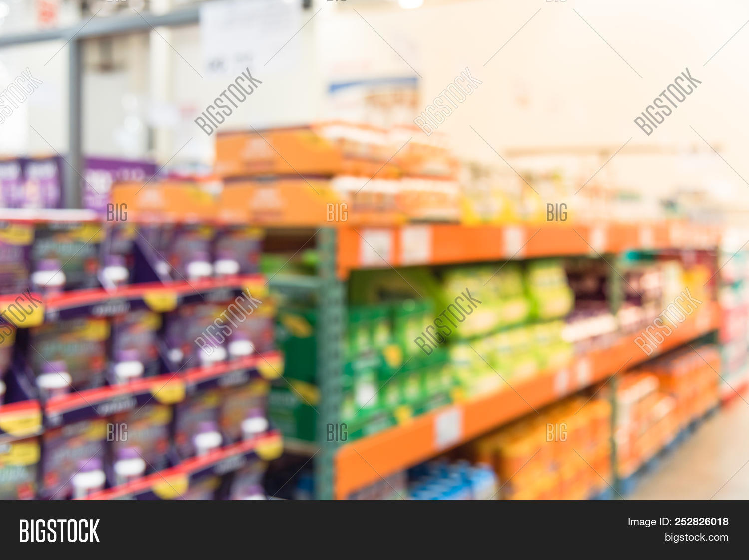 🔥 Abstract Blurred Vitamin Shelves And Huge Variation Of