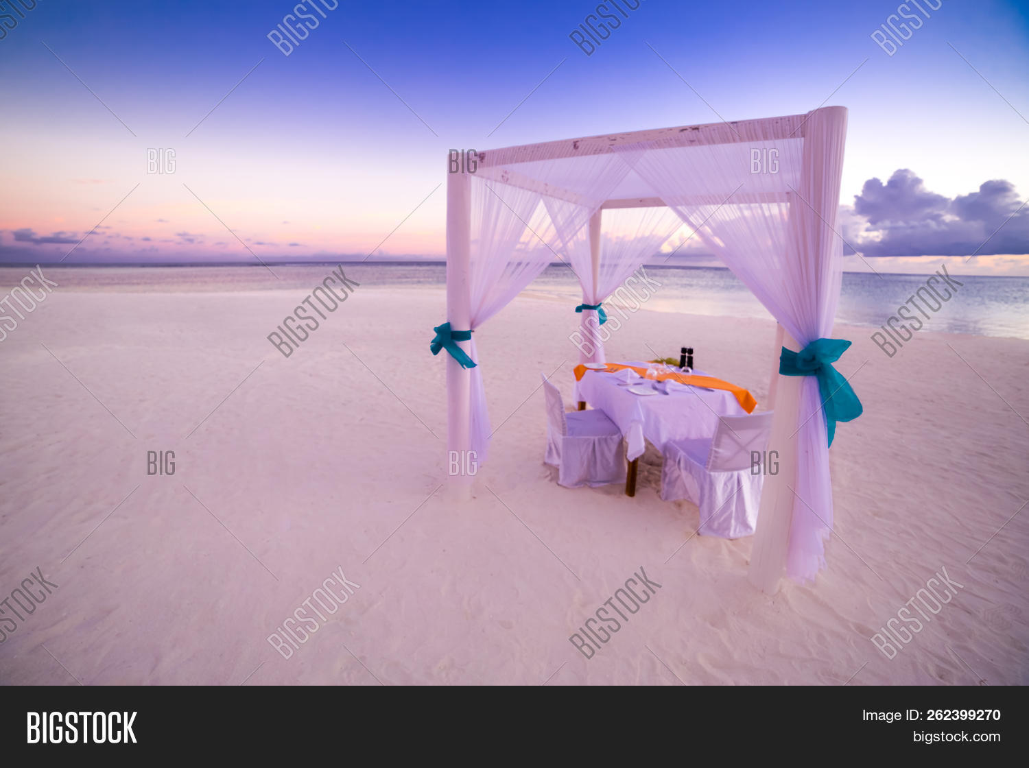 anniversary,beach,beautiful,candle,catering,celebration,copy,couple,day,decoration,dining,dinner,dreamy,drink,elegant,fine,flower,food,glass,holiday,idyllic,light,love,luxury,marriage,meal,paradise,restaurant,romance,romantic,rose,sea,setting,setup,shore,sky,space,sunset,table,tableware,tenderness,travel,tropical,twilight,two,vacation,valentines,wedding,wine,wineglass