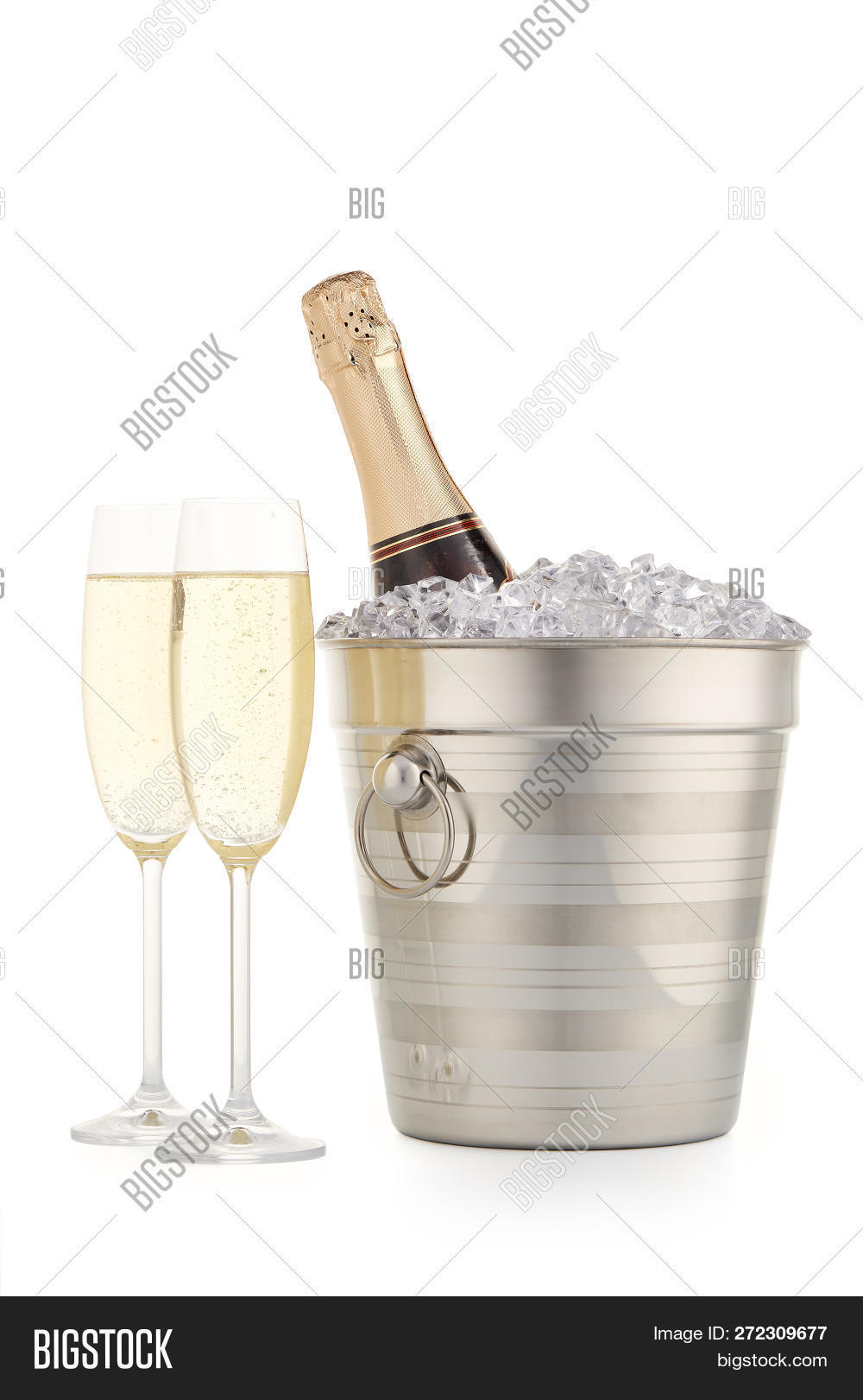 alcohol,anniversary,beverage,bottle,bucket,celebrating,celebration,champagne,champagne bottle,champagne flute,christmas,cold,congratulation,cool,cooling,drink,eve,event,festive,glass,gold,holiday,ice,isolated,metal,new year,nobody,party,pattern,silver,sparkling wine,still life,toast,white background,wine,wineglass