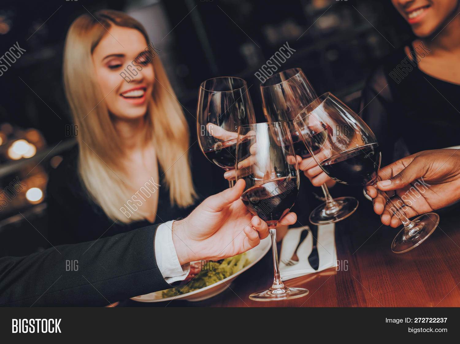 african,alcohol,american,asian,black,caucasian,celebration,couple,cultural,cute,drink,eating,enjoyment,ethnic,evening,female,food,friends,fun,group,handsome,happy,having,hispanic,horizontal,indoor,laughing,making,male,meal,men,multi,night,out,party,people,person,relaxing,restaurant,sitting,six,smiling,table,thirties,toast,together,twenties,wine,women