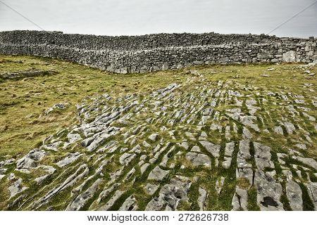 The karst landscape near Dun Aengus on Inis Mór Island, IRELAND stock photo