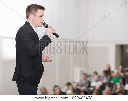 speaker conducts the business conference for journalists and novice entrepreneurs stock photo