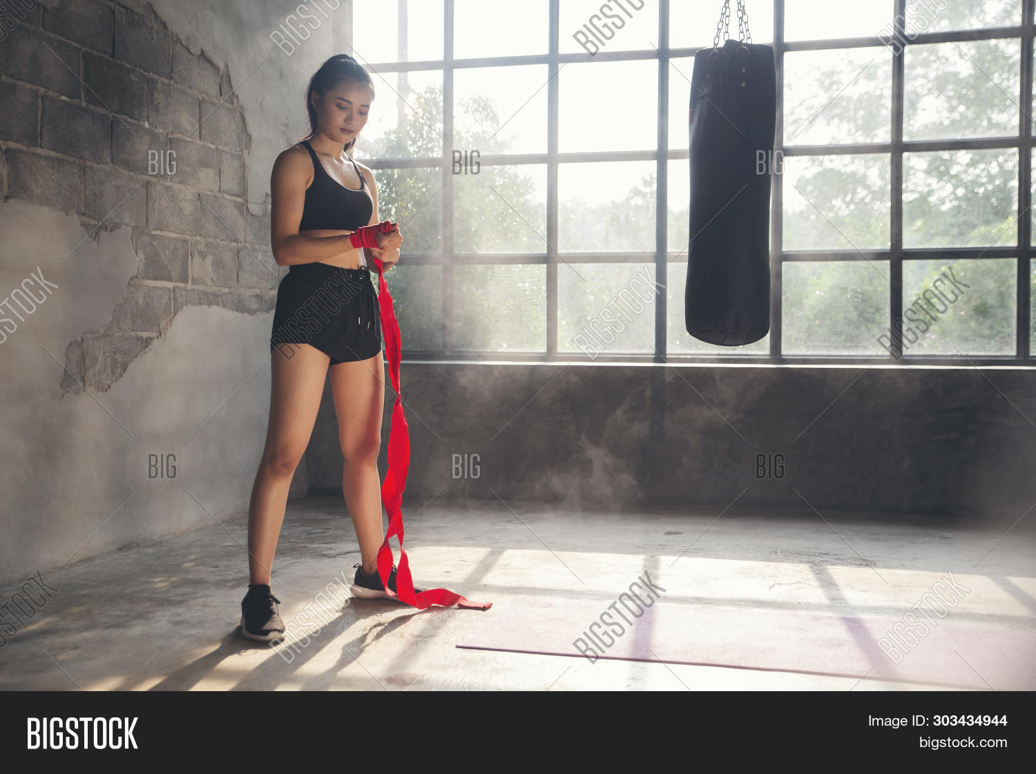 athlete,athletic,attractive,background,beautiful,body,boxer,boxing,cardio,club,competitive,concept,defense,exercise,female,fighter,fighting,fit,fitness,girl,gym,hard,healthy,kick,kickboxing,lifestyle,mma,model,muay,muscle,muscular,people,person,portrait,power,prepare,punching,session,sport,sportswear,strap,strength,strengthen,strong,thai,training,woman,workout,yellow,young