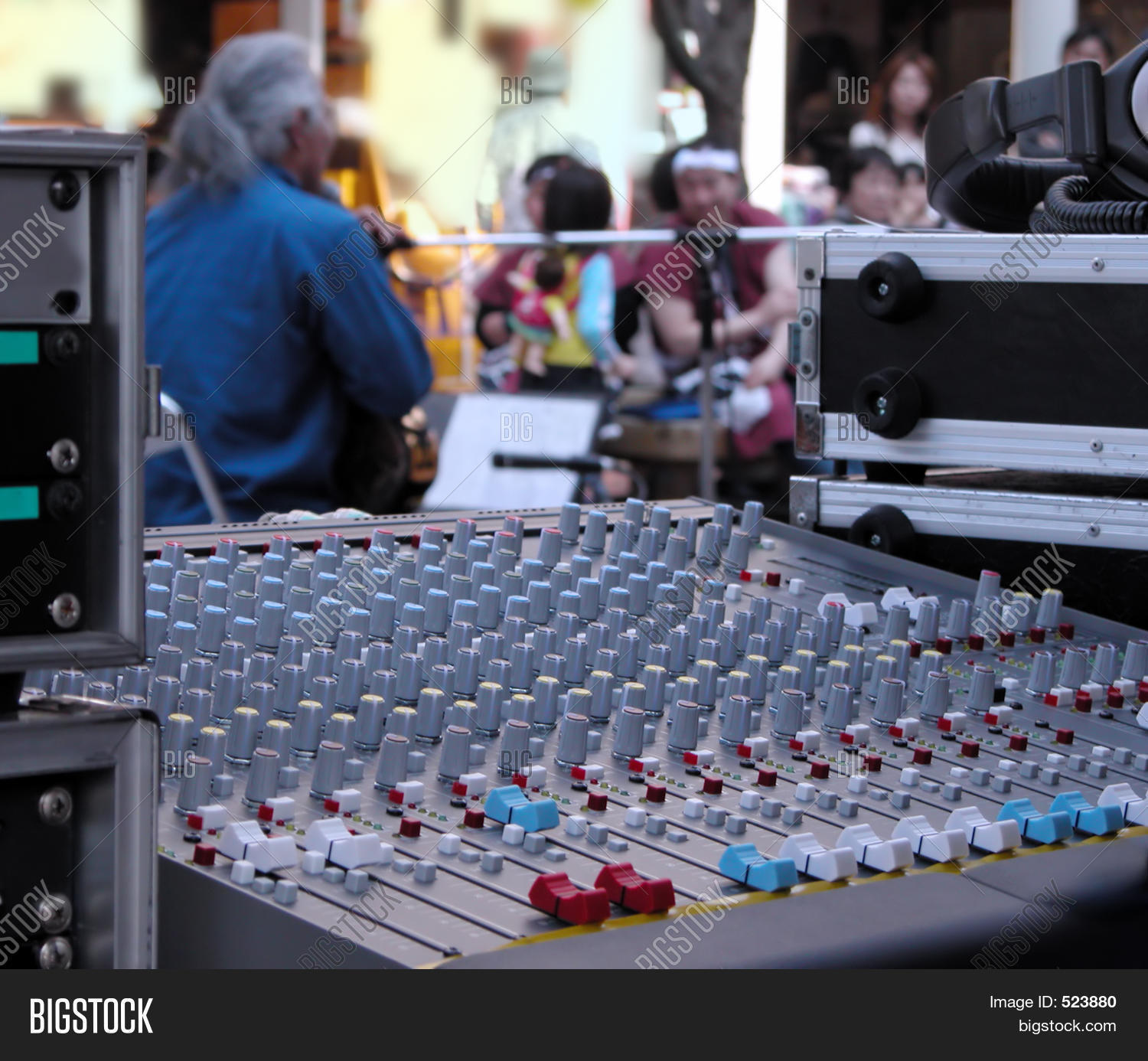 adjust,amplifier,analog,artist,audience,audio,bias,board,brass,broadcast,button,buttons,command,desk,digital,effect,electronic,electronics,entertainment,equalizer,festival,hi-fi,input,instrument,live,loud,macro,media,meters,mix,mixer,mixing,mixing-desk,music,musician,people,performance,person,production,show,signal,slider,sound,street,studio,surround,switch,technology,terminal,volume