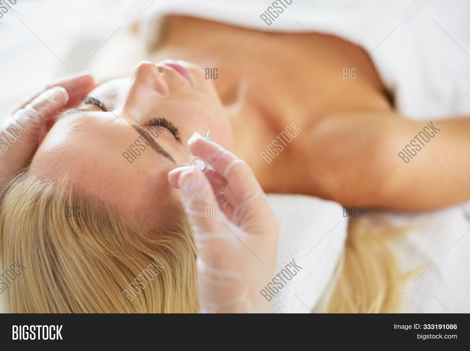 adult,aesthetic,aged,aging,beautician,beautiful,beauty,blue,body,care,caucasian,clinic,concepts,cosmetologist,doctor,eyes,face,facial,female,fillers,girl,gloves,hand,health,healthy,holding,improvement,injections,lifestyle,medical,medicine,middle,patient,perfection,plastic,preparation,process,profile,rejuvenating,salon,skin,spa,surgery,syringe,take,treatment,white,woman,wrinkle,young