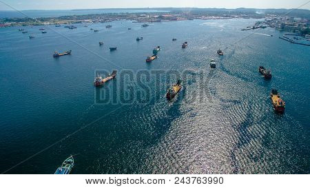 🔥 Offshore Oil And Gas Construction Vessel In Labuan Island