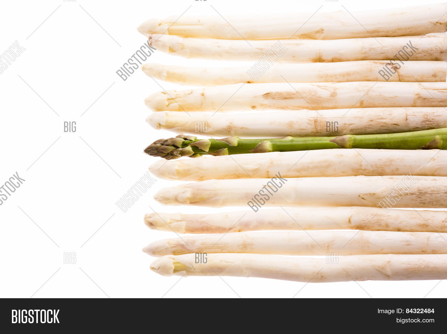 arrangement,asparagi,asparagus,asparaguses,background,close,cookery,cooking,crowd,cuisine,cut,cutout,difference,eleven,food,foreign,foreigner,garden,gastronomy,gourmet,green,individual,isolated,lead,line-up,man,many,marginal,maverick,metaphor,odd,officinalis,one,outcast,outsider,preparation,prepare,raw,row,single,spear,standing,ten,underdog,vegetable,vegetarian,vegetarianism,white,winner