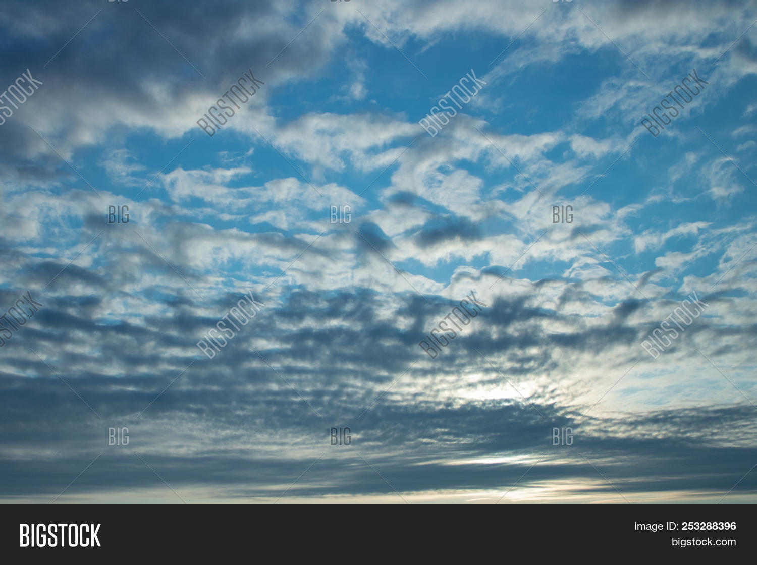 air,atmosphere,background,beautiful,beauty,blue,bright,clear,cloud,cloudscape,cloudy,color,day,design,dramatic,environment,heaven,high,light,meteorology,natural,nature,outdoor,pattern,peace,sky,space,stratocumulus,summer,sunlight,sunny,sunset,texture,view,weather,white