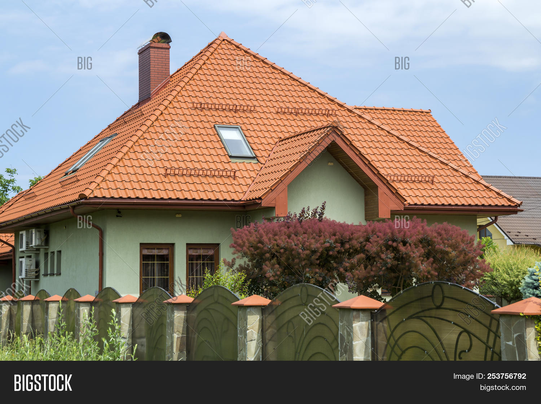 Shingle Roof Balcony