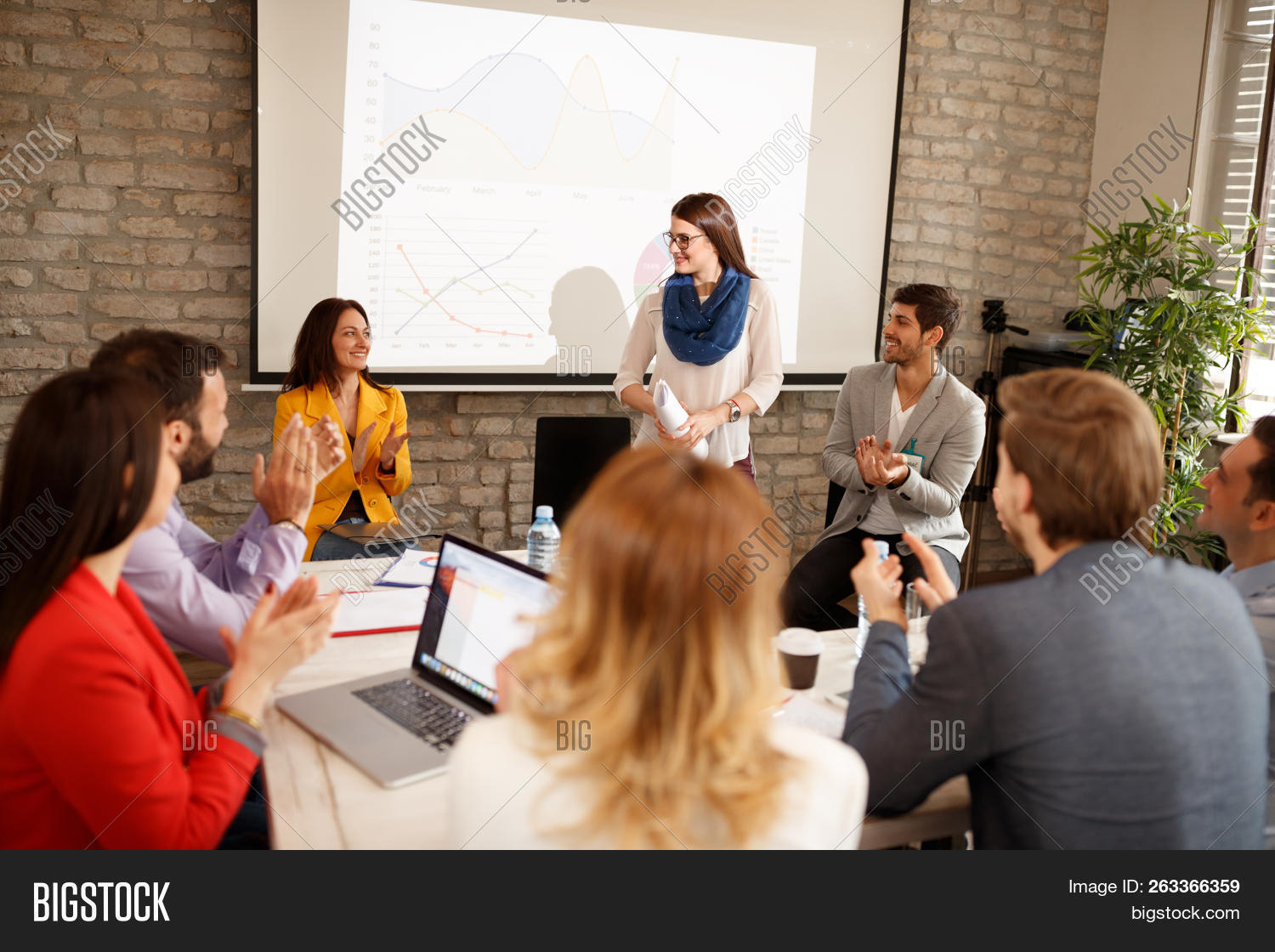 applause,audience,background,board,business,businessmen,businesspeople,businesswoman,caucasian,charts,clapping,colleagues,communication,company,corporation,education,employee,employees,employment,exposure,female,finance,finished,firm,get,group,horizontal,indoor,job,lecture,male,manager,meeting,men,office,people,presentation,report,room,seminar,speech,successfully,talking,team,technology,together,verbal,woman,working,young