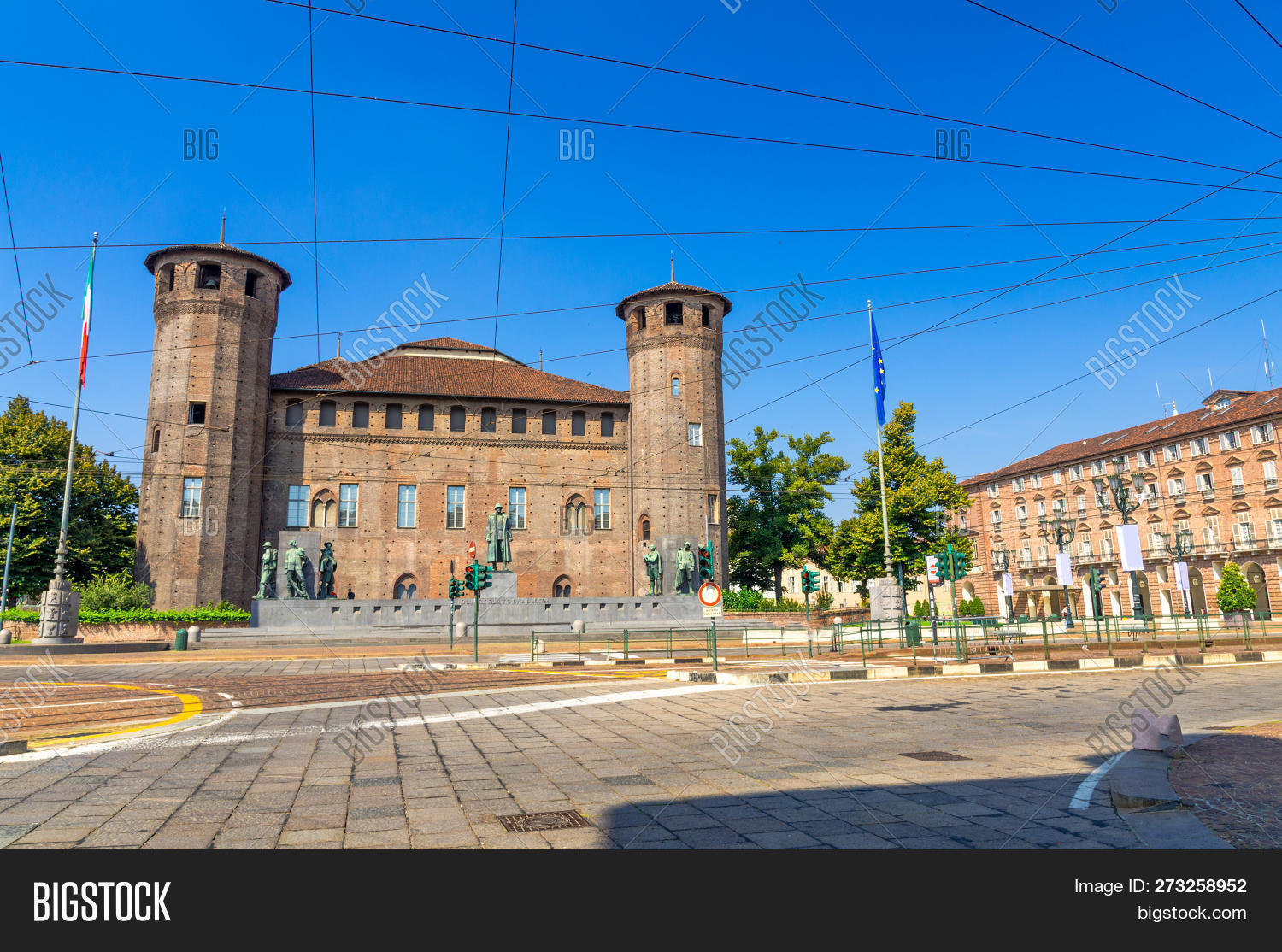 acaja,ancient,architectural,architecture,blue,bronze,building,capital,casaforte,castello,castle,center,city,day,emanuele,europe,famous,filiberto,first,heritage,historic,italia,italian,italy,landmark,madama,medieval,monument,old,palace,palazzo,piazza,piedmont,piemonte,royal,site,sky,square,statue,torino,tourism,tower,town,travel,turin,unesco,urban,vacation,view,world