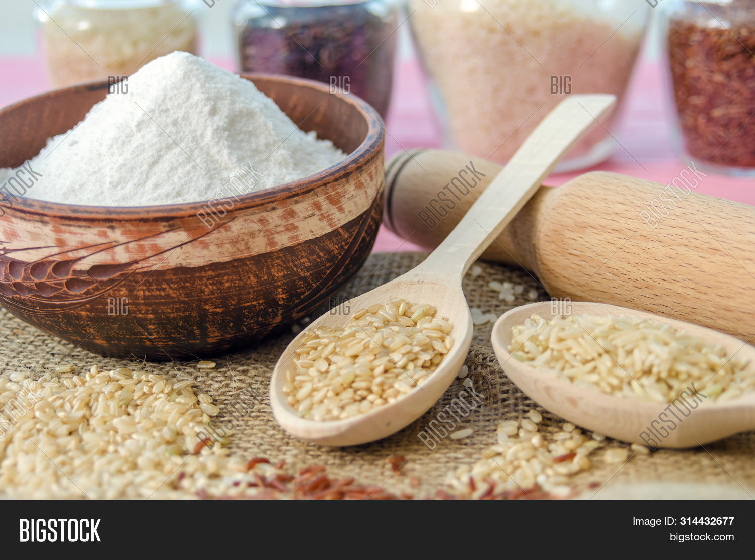 asian,background,basmati,black,bowl,bran,brown,cereal,cooking,cuisine,culture,delicious,diet,dietary,dish,dry,food,forbidden,grain,group,harvest,harvested,health,healthy,heap,indian,ingredient,italian,jasmine,long,meal,natural,nero,nutrition,organic,pile,raw,red,rice,rough,seed,thai,uncooked,unpolished,vegan,venere,white,whole