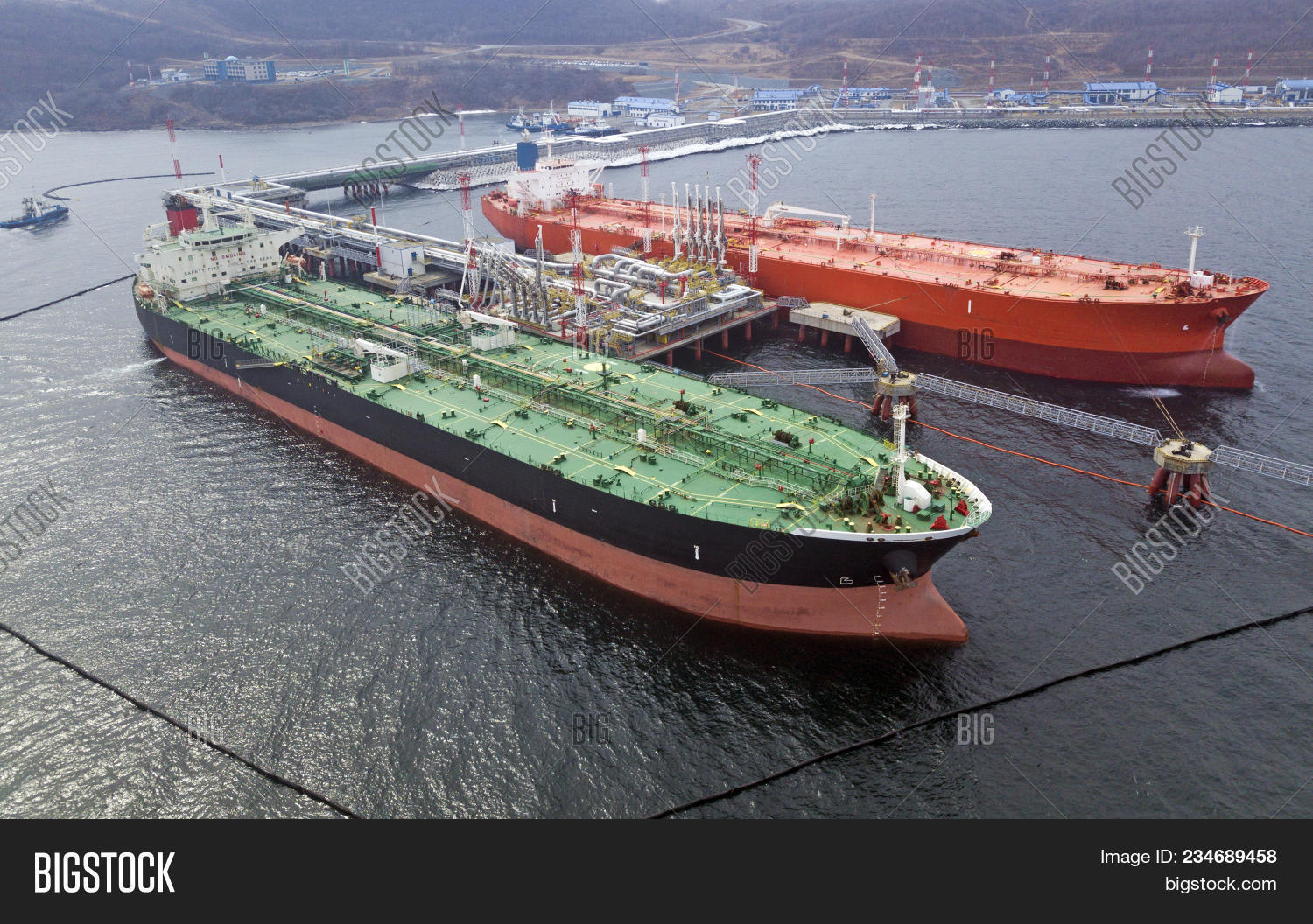 aerialview,anchor,background,boat,bulk,business,cargo,carrier,channel,chemical,commercial,construction,container,crude,energy,environment,freight,fuel,gas,gasoline,green,harbor,heavy,industrial,industry,loading,marine,navigation,nobody,ocean,offshore,oil,petrochemical,petroleum,plant,port,power,rig,sea,ship,shipping,storage,tank,tanker,trade,transport,transportation,vessel,water