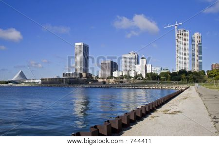 Recent photo of Milwaukee Skyline illustrating the changes. New construction of high rise condominiums. Photo Date 8-20-06 stock photo