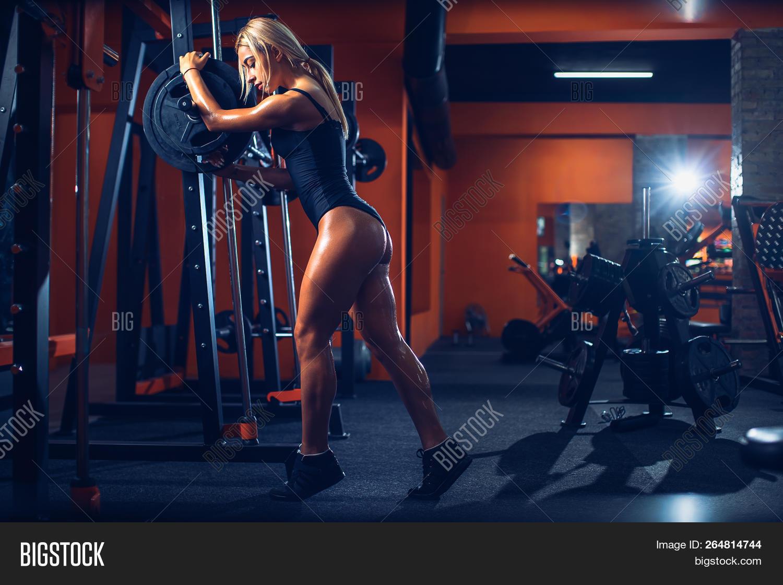 cced967aa818 Gym Thong | McCarthy Blue Springs Hyundai Blog