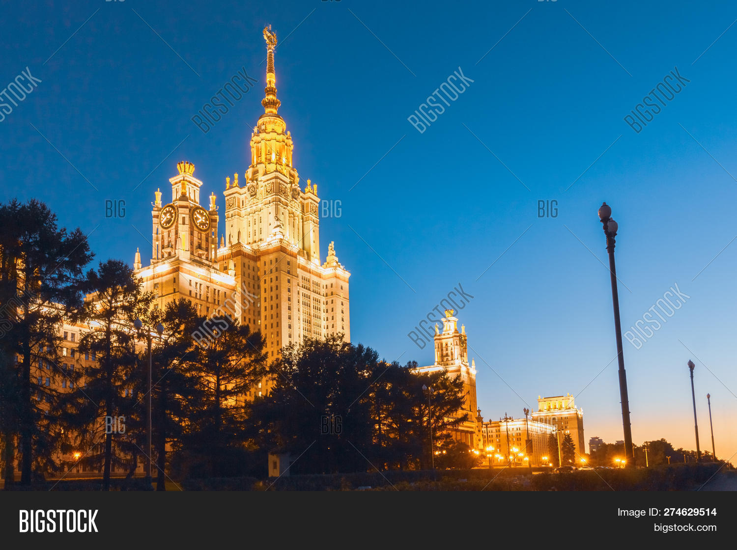 Moscow,Russian,Stalin,USSR,capital,cityscape,clear,college,darkness,development,dusk,education,empire,entrance,evening,exterior,facade,higher,highest,highrise,hours,illumination,institute,knowledge,landmark,leading,learning,light,lomonosov,monument,msu,night,nobody,old,outdoor,roof,sight,sky,skyscraper,spike,spire,state,steeple,style,symbol,tall,tower,training,university