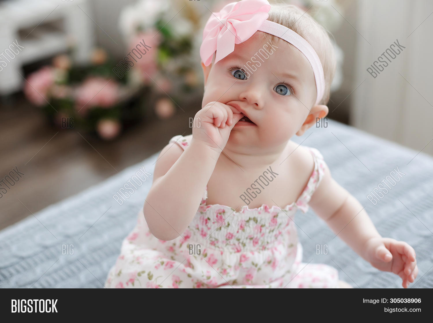 adorable,arms,attractive,baby,background,beautiful,beauty,bed,cheeks,child,childhood,cute,daughter,eyes,face,female,girl,hat,health,healthy,horizontal,human,indoor,innocence,innocent,kid,legs,life,little,looking,lovely,lying,newborn,one,peaceful,person,pink,portrait,posing,pretty,pure,relax,skin,small,soft,sweet,tiny,toddler,white,young