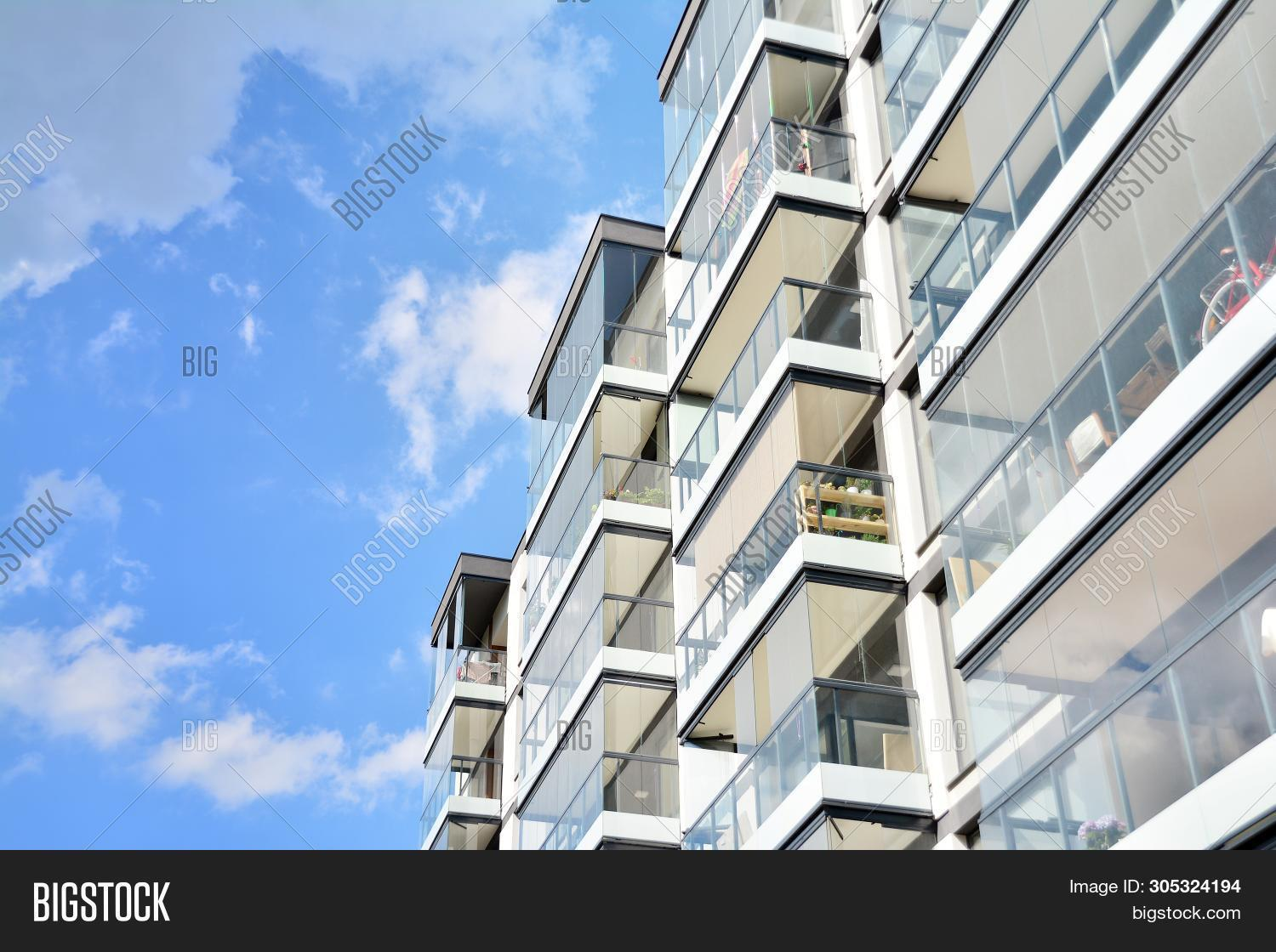 apartments,architectural,architecture,balcony,beautiful,block,blue,building,capital,condominium,construction,contemporary,credit,detail,estate,exterior,facade,flats,glass,home,house,household,lifestyle,luxury,modern,mortgage,neighborhood,new,portugal,private,property,real,rent,residence,residential,resort,sale,sky,street,style,suburban,sunny,urban,view,villa,village,window,yellow