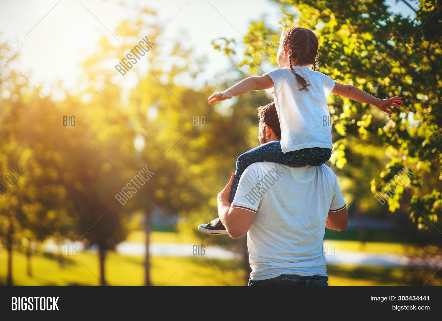 adult,back,beautiful,care,caucasian,cheerful,child,childhood,cute,dad,daughter,day,family,father,freedom,friendship,fun,girl,happiness,happy,healthy,holiday,joy,kid,laughing,leisure,life,lifestyle,little,love,male,man,nature,outdoor,outside,parent,park,people,playing,season,shoulders,summer,sun,sunset,together,togetherness,travel,two,vacation,young